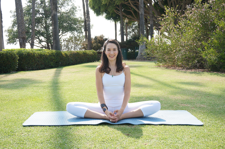 Private Yoga Instructor Santa Monica Los Angeles Cobblers Pose