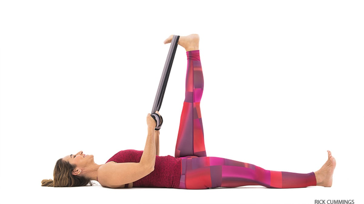 Private Yoga Instructor Santa Monica Los Angeles Brentwood Pacific Palisades Bel Air Venice Marina del Rey Low Back Pain Charlie Samos